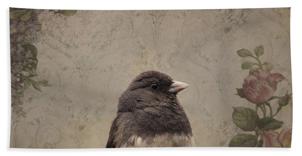 Bird Bath Sheet featuring the photograph Junco by Todd Hostetter
