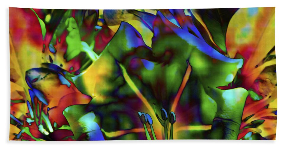 Fine Art Print Bath Sheet featuring the mixed media Kaleidoscope by Patricia Griffin Brett