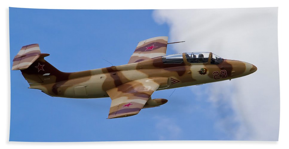 Airshows Bath Sheet featuring the photograph L-29 Delphin by Bill Lindsay