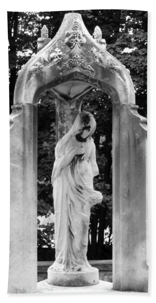 Black And White Hand Towel featuring the photograph Lady Of 1886 by Michele Nelson
