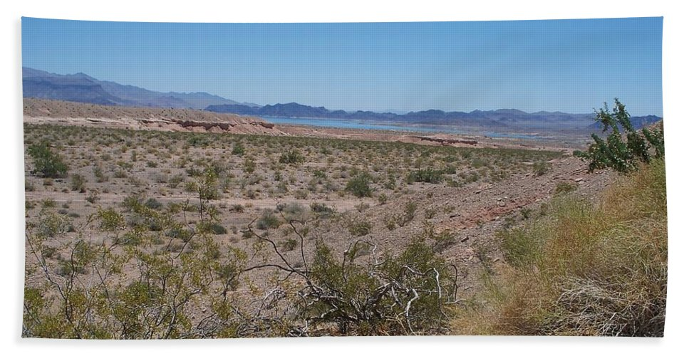 Lake Mead Bath Sheet featuring the photograph Lake Mead Nevada by Jonathan Barnes