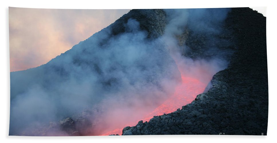 Flowing Bath Sheet featuring the photograph Lava Flowing From Base Of Hornito by Richard Roscoe