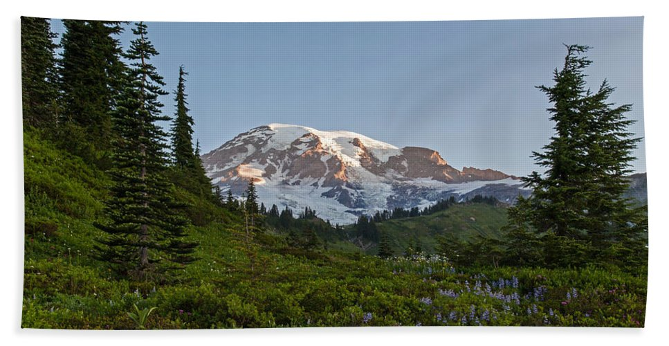 Rainier Bath Sheet featuring the photograph Layers Of Beauty by Mike Reid