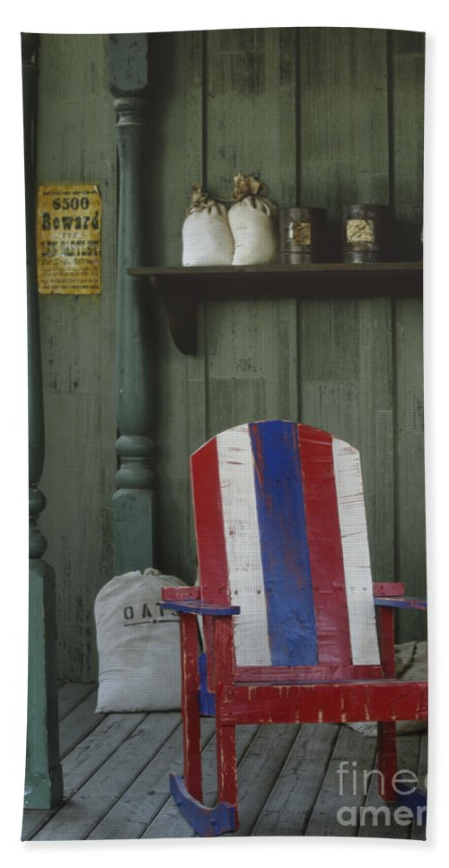 Americana Hand Towel featuring the photograph Lazy Days by Sandra Bronstein