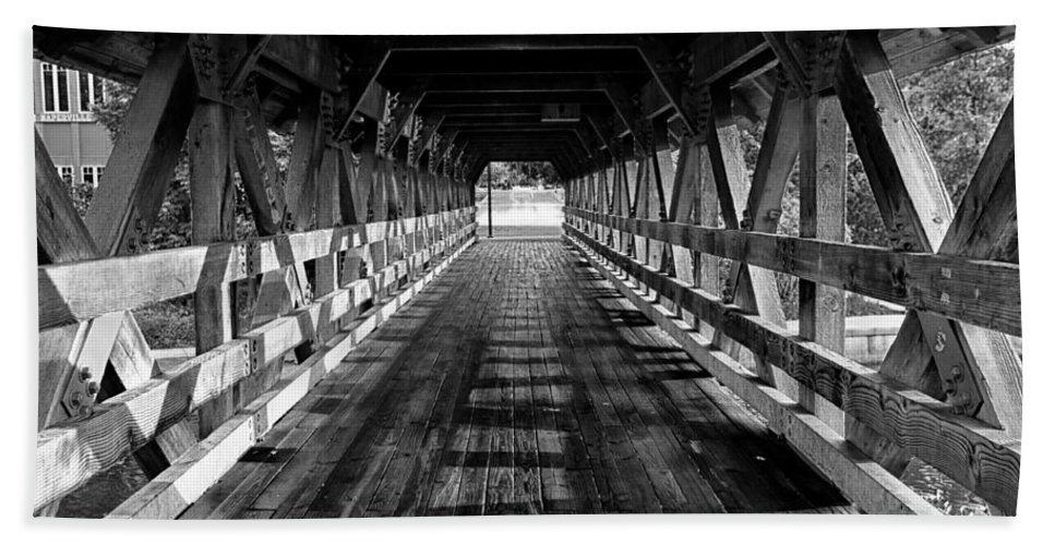 Bridge Hand Towel featuring the photograph Leading Lines by Lauri Novak