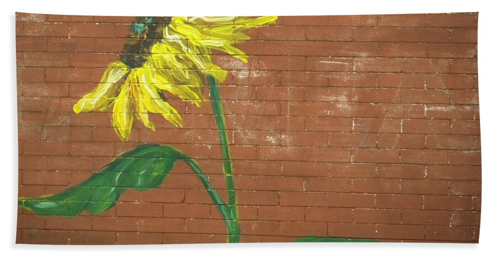 Nature Bath Sheet featuring the photograph Leavenworth Sunflower by Chris Berry