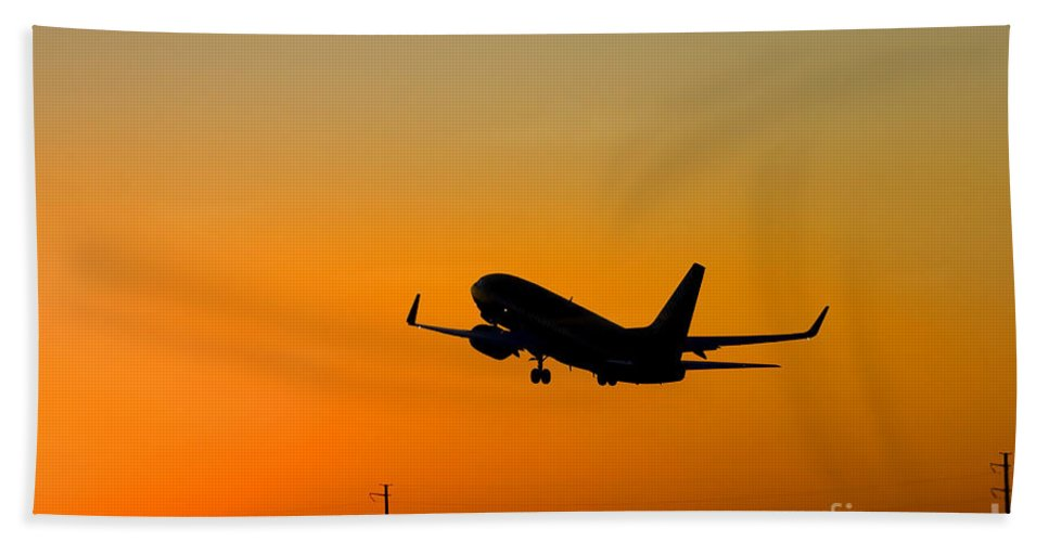 Jet Bath Sheet featuring the photograph Leaving On A Jet Plane by Mike Dawson