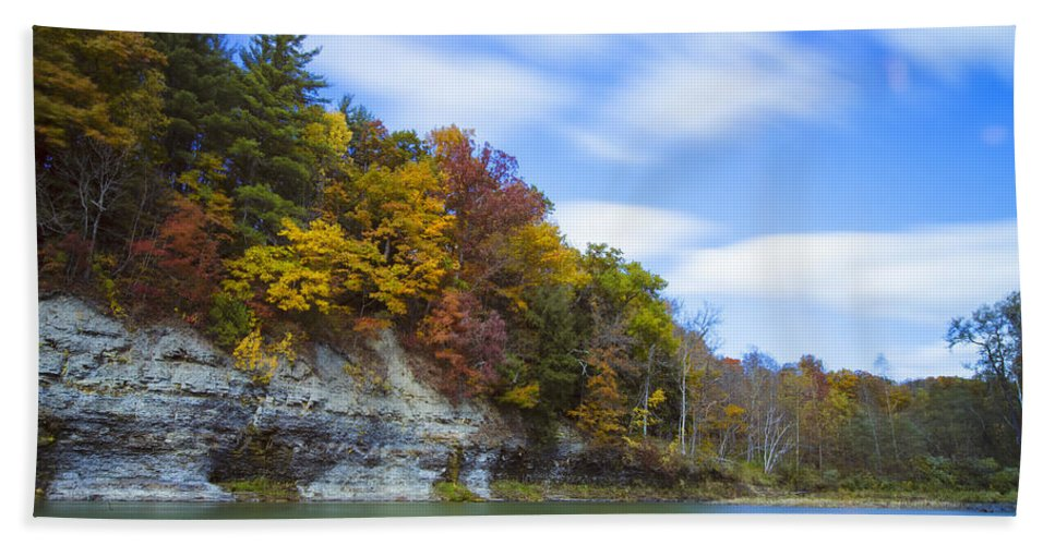Autumn Hand Towel featuring the photograph Lees Landing by Rick Berk