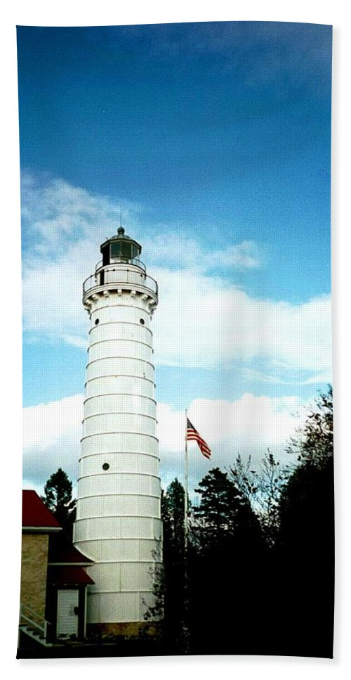 Lighthouse Hand Towel featuring the photograph Lighthouse In Door County by April Patterson