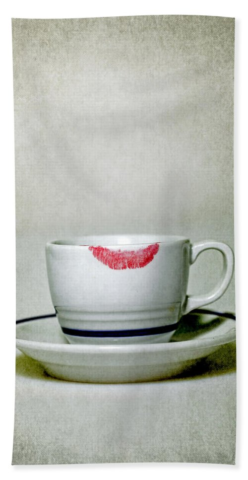 Cup Hand Towel featuring the photograph Lip Marks by Joana Kruse