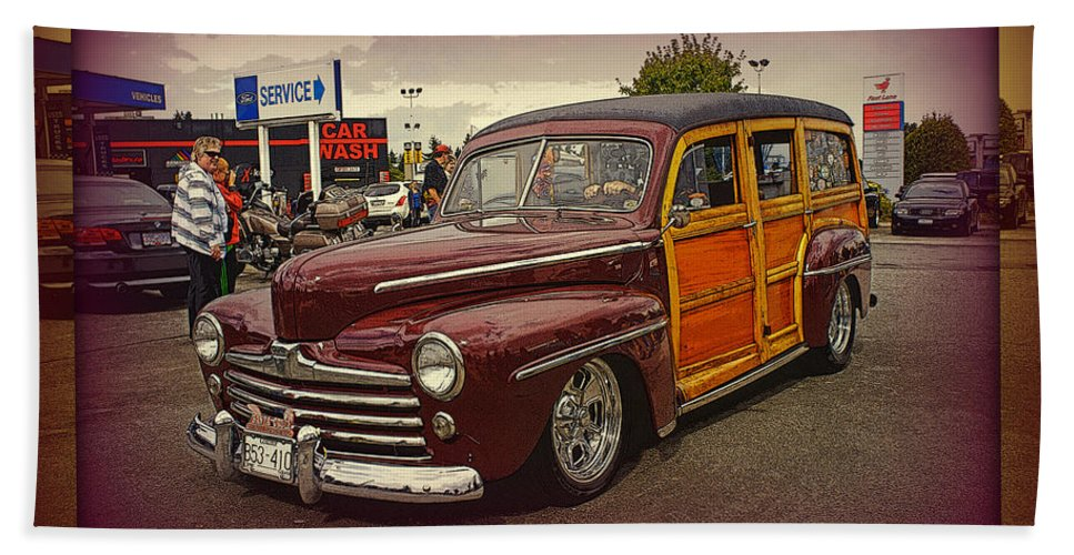 Cars Bath Sheet featuring the photograph Little Old Woody by Randy Harris