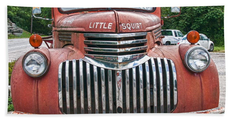 Chevrolet Fire Truck Hand Towel featuring the photograph Little Squirt 15371 by Guy Whiteley