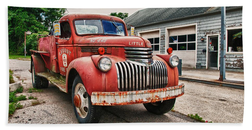 Chevrolet Fire Truck Hand Towel featuring the photograph Little Squirt by Guy Whiteley