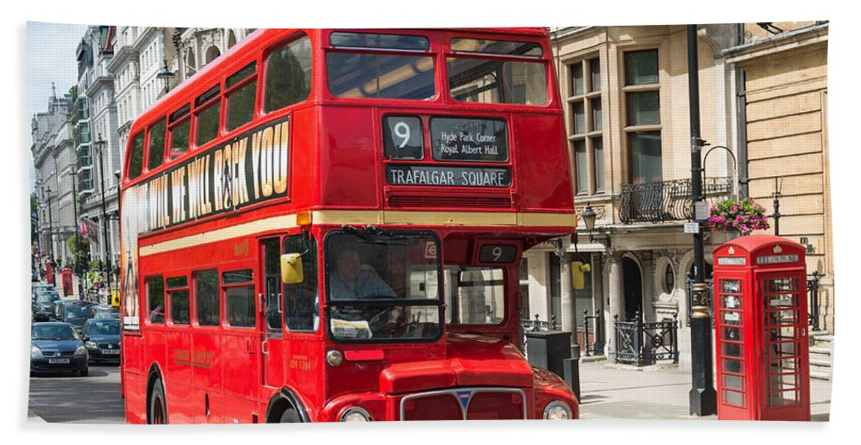London Bath Sheet featuring the photograph London Red Bus by Andrew Michael