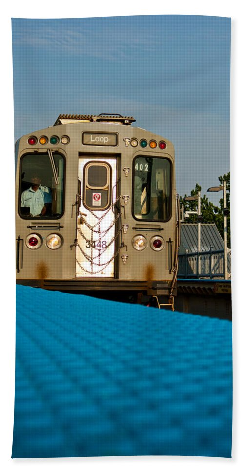 Chicago Hand Towel featuring the photograph Low Angle Train by Anthony Doudt