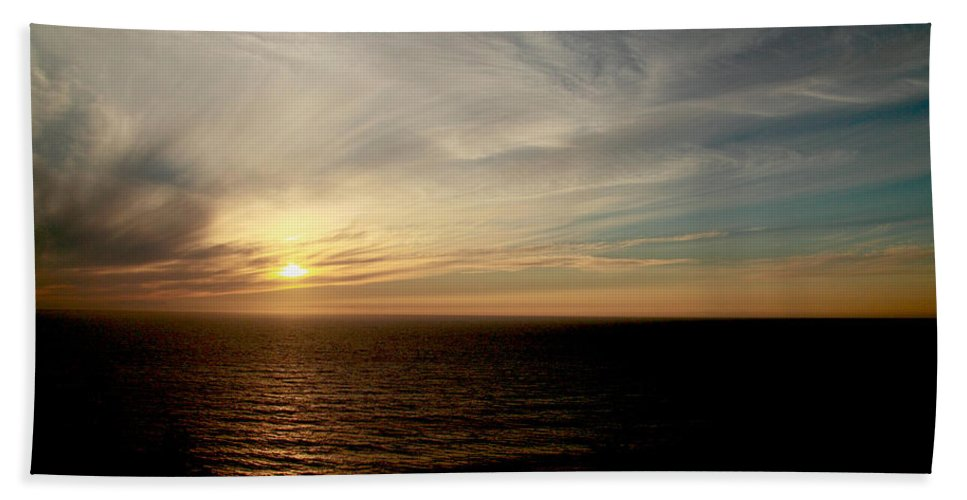 Low Hand Towel featuring the photograph Low Sun Over The Pacific by Mick Anderson