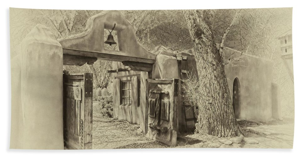 Mabel Hand Towel featuring the photograph Mabel's Gate As Antique Print by Charles Muhle