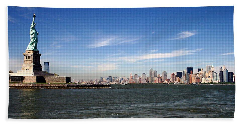 Manhattan Skyline Bath Sheet featuring the photograph Manhattan Skyline by Wes and Dotty Weber
