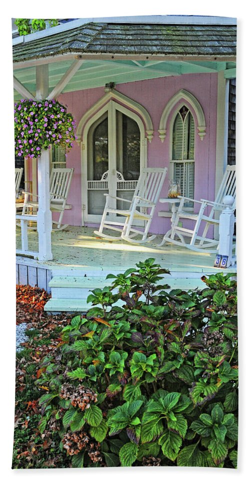 Marthas Vineyard Bath Sheet featuring the photograph Marthas Vineyard Cottage by Dave Mills