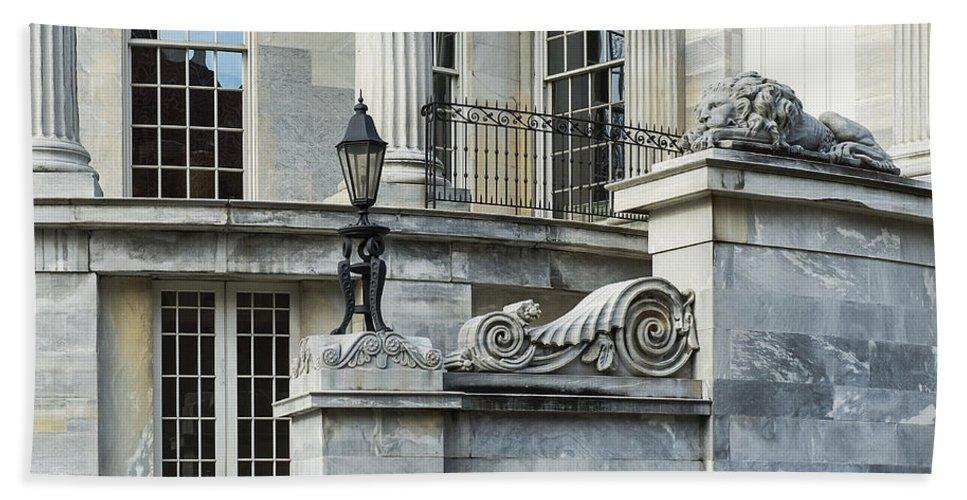 Americana Hand Towel featuring the photograph Merchant Exchange Philadelphia by John Greim