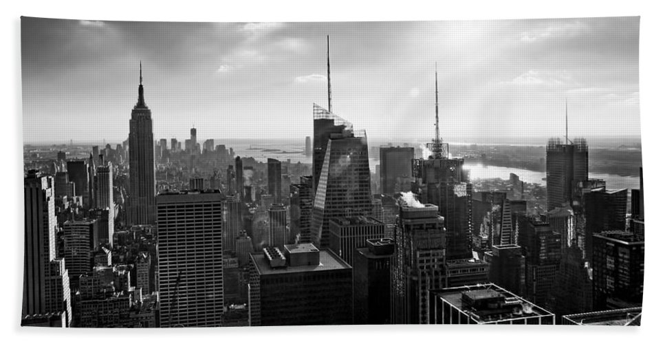 Black And White Hand Towel featuring the photograph Midtown Skyline Infrared by S Paul Sahm