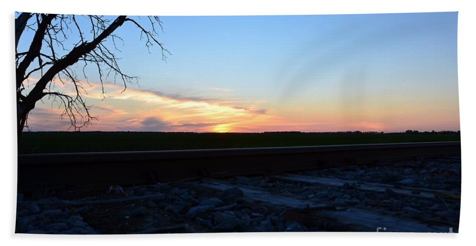 Minnesota Sunset Hand Towel featuring the photograph Minnesota Sunset 15 by Cassie Marie Photography
