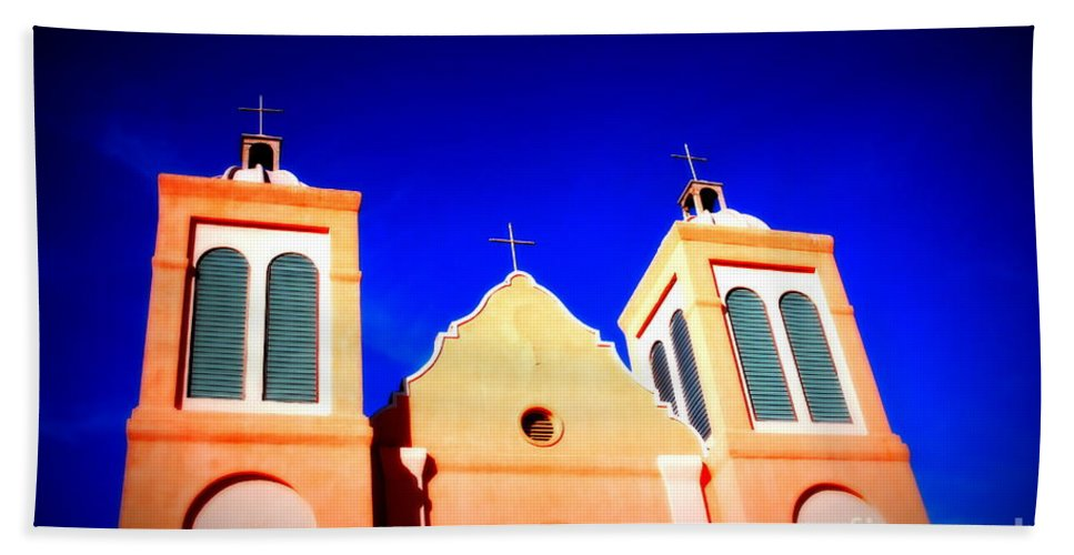 Mission Hand Towel featuring the photograph Mission Church Silver City Nm by Susanne Van Hulst