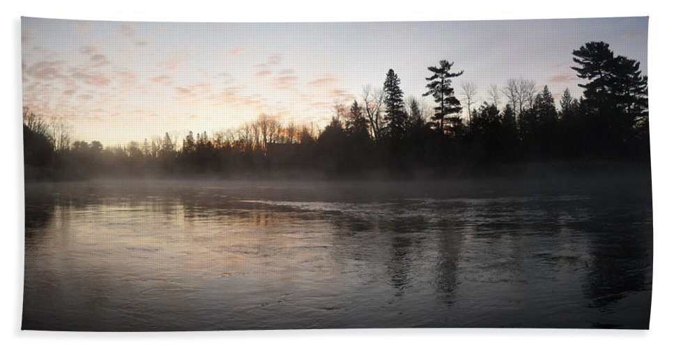 Mississippi River Bath Sheet featuring the photograph Mist Over The Mississippi by Kent Lorentzen