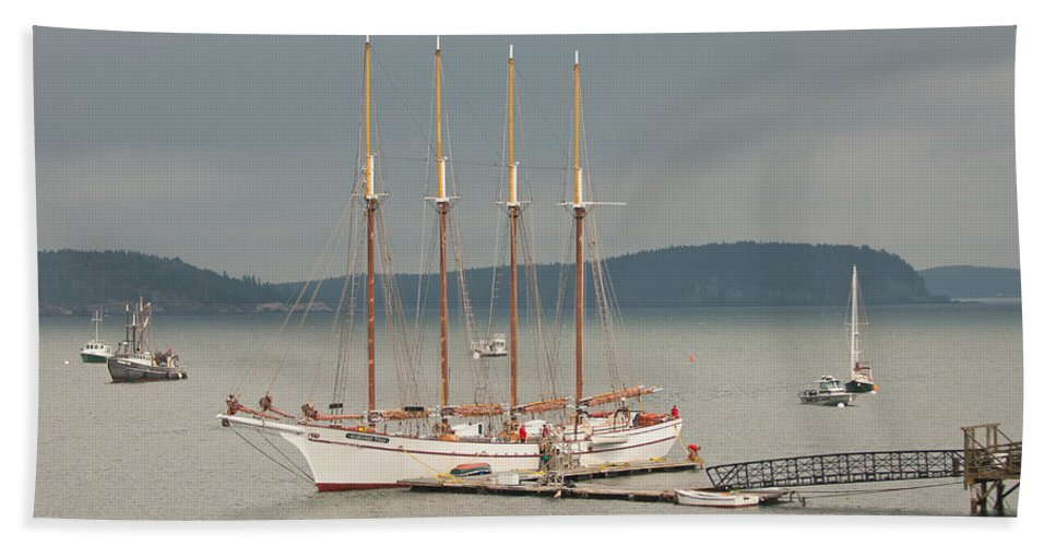 bar Harbor Hand Towel featuring the photograph Misty Afternoon by Paul Mangold