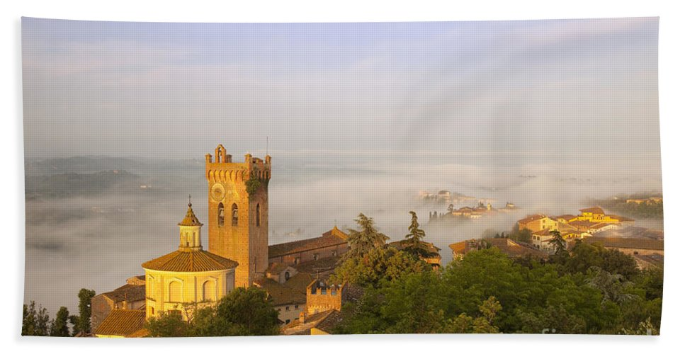 San Miniato Hand Towel featuring the photograph Misty Dawn San Miniato by Brian Jannsen