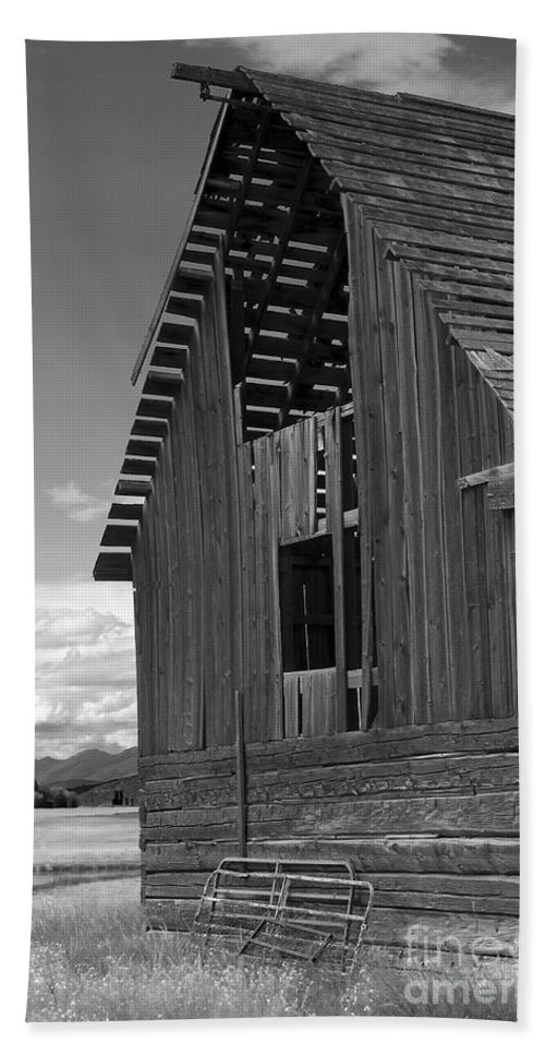 Sandra Bronstein Hand Towel featuring the photograph Montana Weathered Barn by Sandra Bronstein