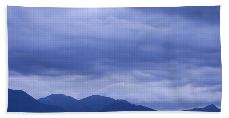 Sunrise Bath Sheet featuring the photograph Moody Sky At Dawn by Ian Middleton
