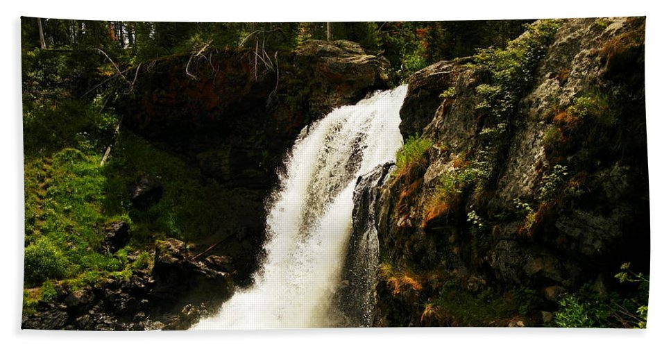 Waterfalls Hand Towel featuring the photograph Moose Falls by Jeff Swan