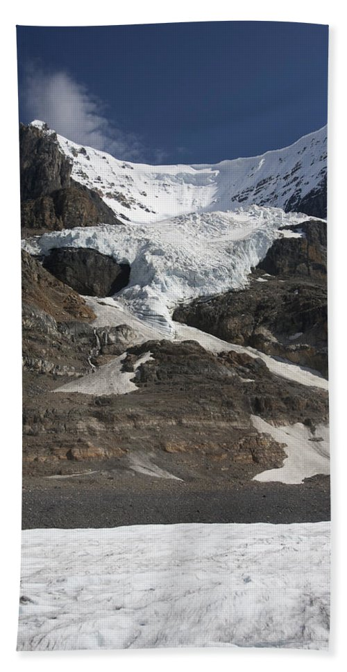 Mp Hand Towel featuring the photograph Mount Andromeda And Athabasca Glacier by Matthias Breiter