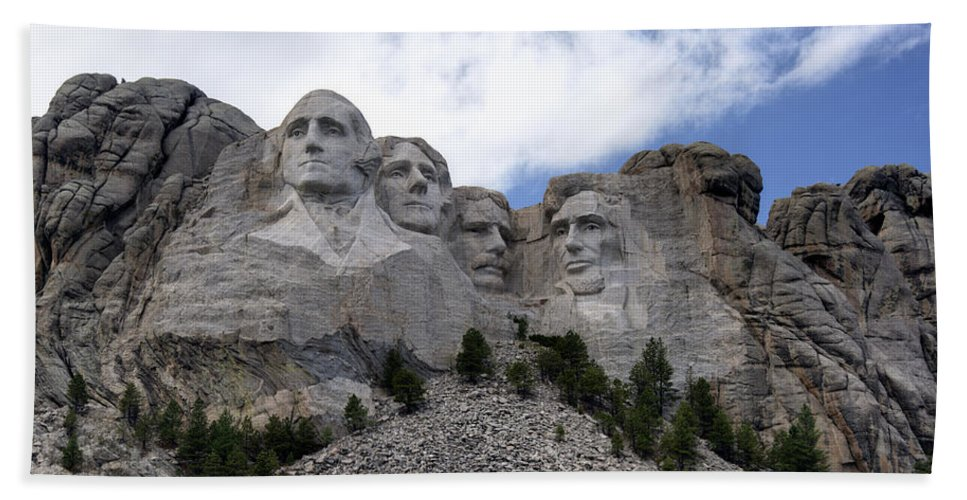 Mount Rushmore National Monument Hand Towel featuring the photograph Mount Rushmore National Monument -2 by Paul Cannon