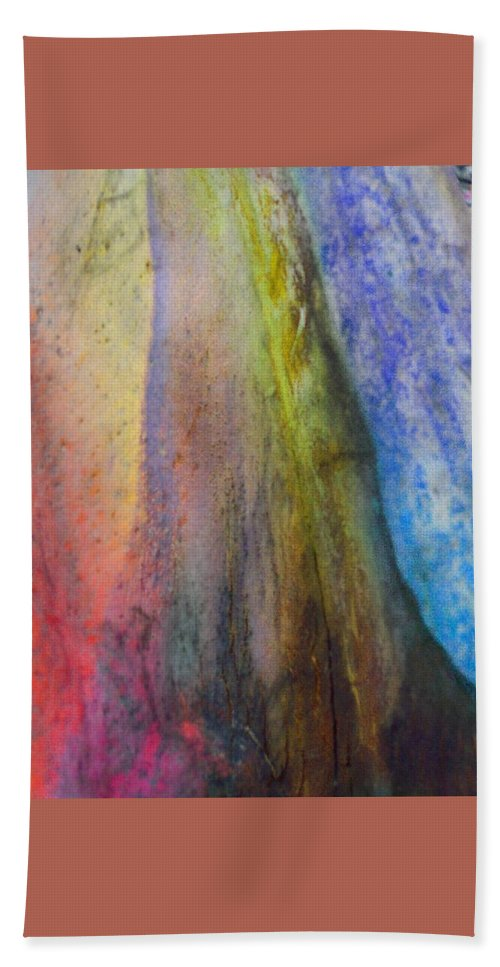Nature Hand Towel featuring the digital art Move On by Richard Laeton