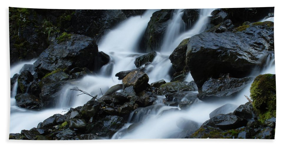 Doug Lloyd Hand Towel featuring the photograph Moving Fast by Doug Lloyd