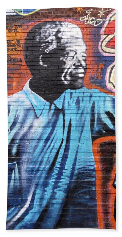 Graffiti Hand Towel featuring the photograph Mr. Nelson Mandela by Juergen Weiss