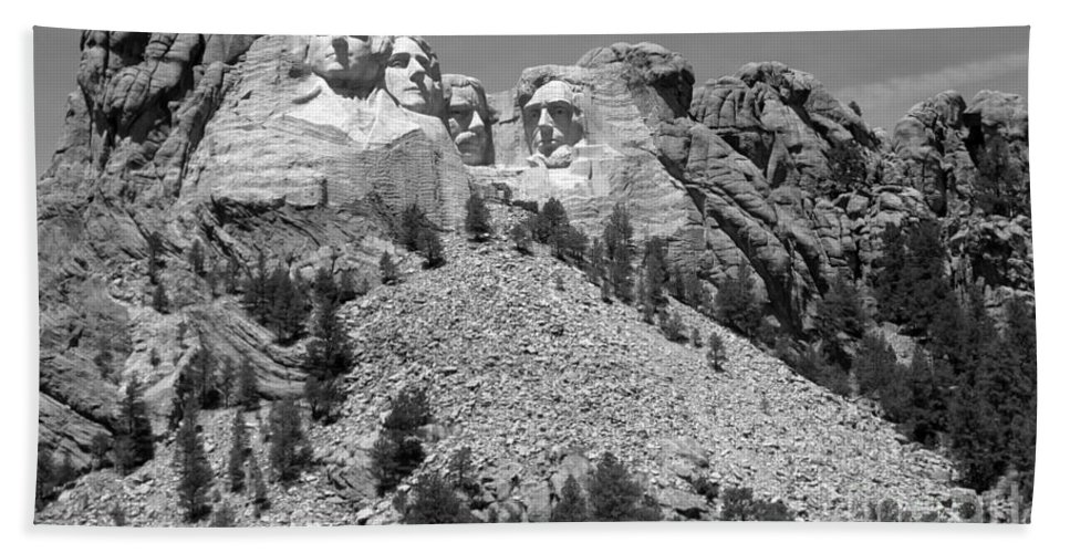 Mt. Rushmore Hand Towel featuring the photograph Mt. Rushmore Full View In Black And White by Living Color Photography Lorraine Lynch