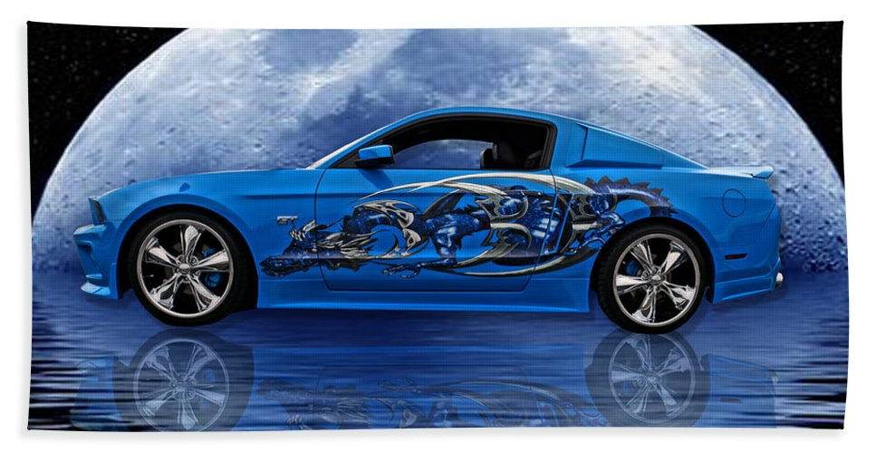 Mustang Bath Sheet featuring the photograph Mustang Reflection by Alan Hutchins