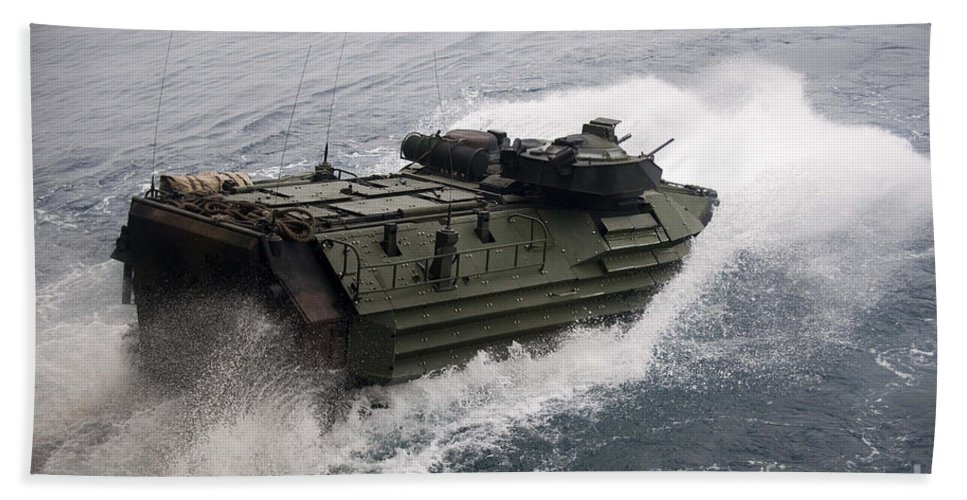 Us Navy Hand Towel featuring the photograph N Amphibious Assault Vehicle Departs by Stocktrek Images