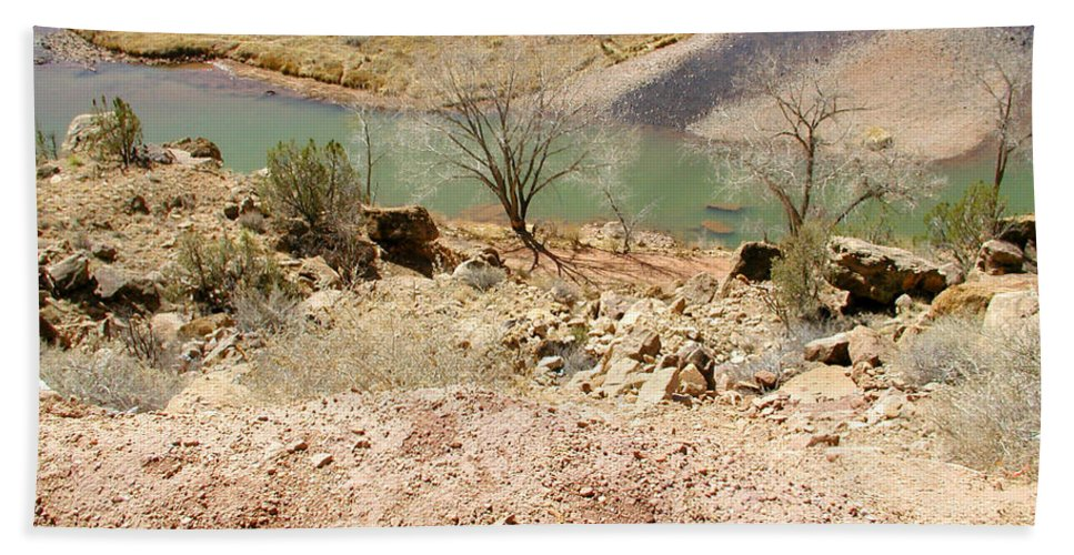 Desert Hand Towel featuring the photograph New Mexico Series Turn Of The River by Kathleen Grace