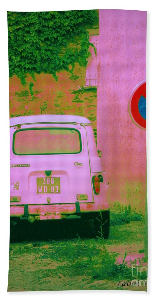 Pink Hand Towel featuring the photograph No Parking Sign With Pink Car by Lainie Wrightson