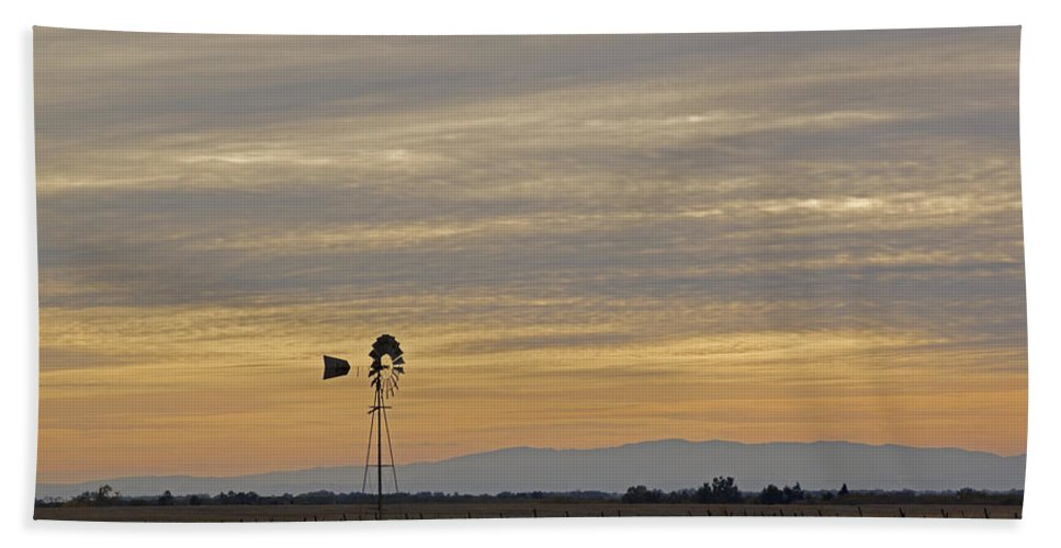 Northern California Hand Towel featuring the photograph Northern California Windmill by Mick Anderson