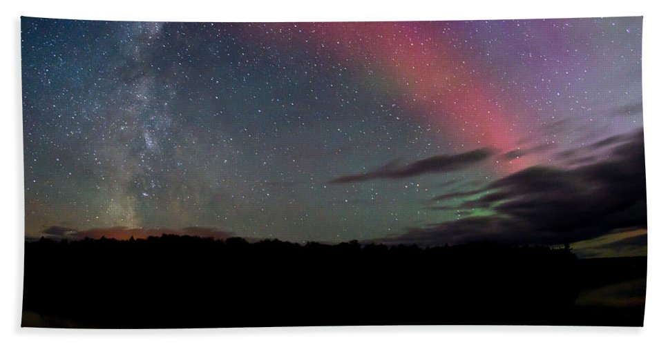Aurora Borealis Hand Towel featuring the photograph Northern Lights And The Milky Way by Cale Best