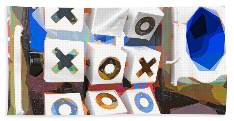 Noughts And Crosses Hand Towel featuring the photograph Noughts And Crosses by Steve Taylor