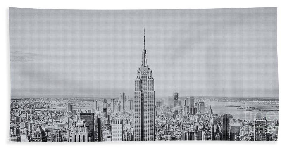 City Bath Sheet featuring the photograph NYC by Margie Hurwich