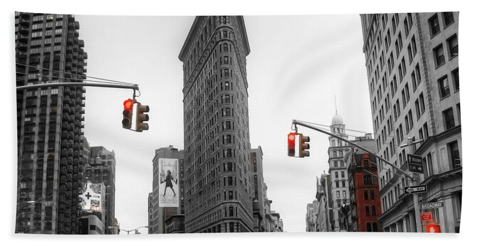 Active Bath Sheet featuring the photograph Nyc015 by Svetlana Sewell