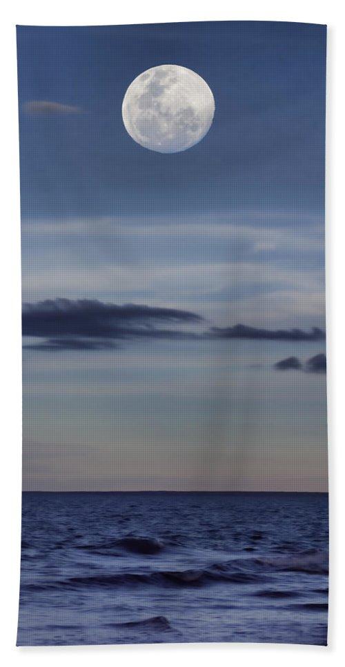 Moon Hand Towel featuring the photograph Ocean Moon by Douglas Barnard