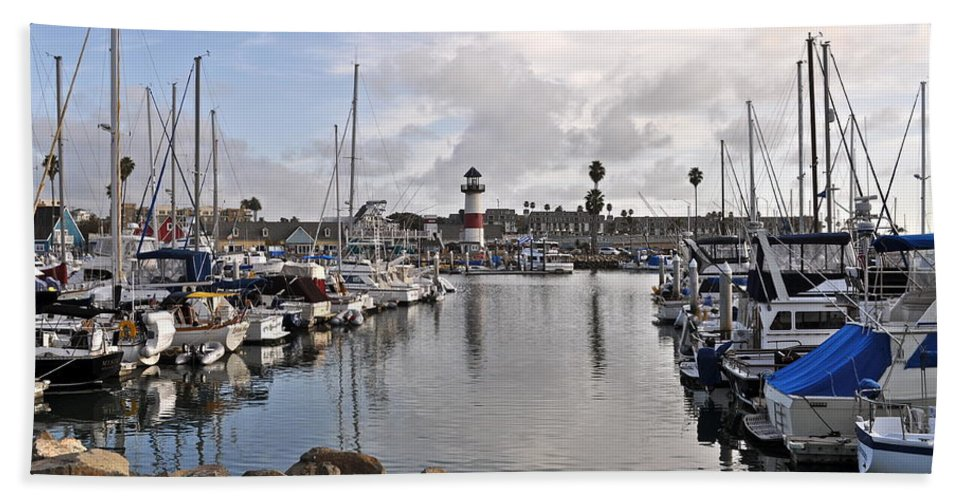 Light House Bath Sheet featuring the photograph Oceaside Harbor by Bridgette Gomes